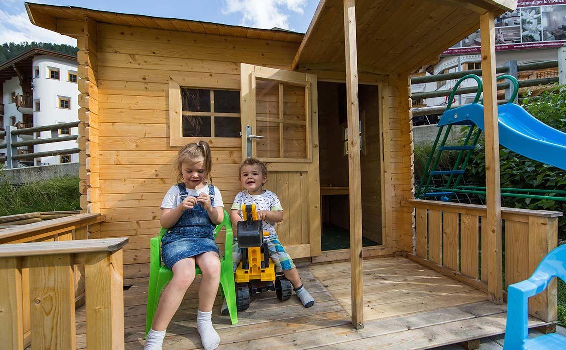 Children's playground at Appartement Panorama