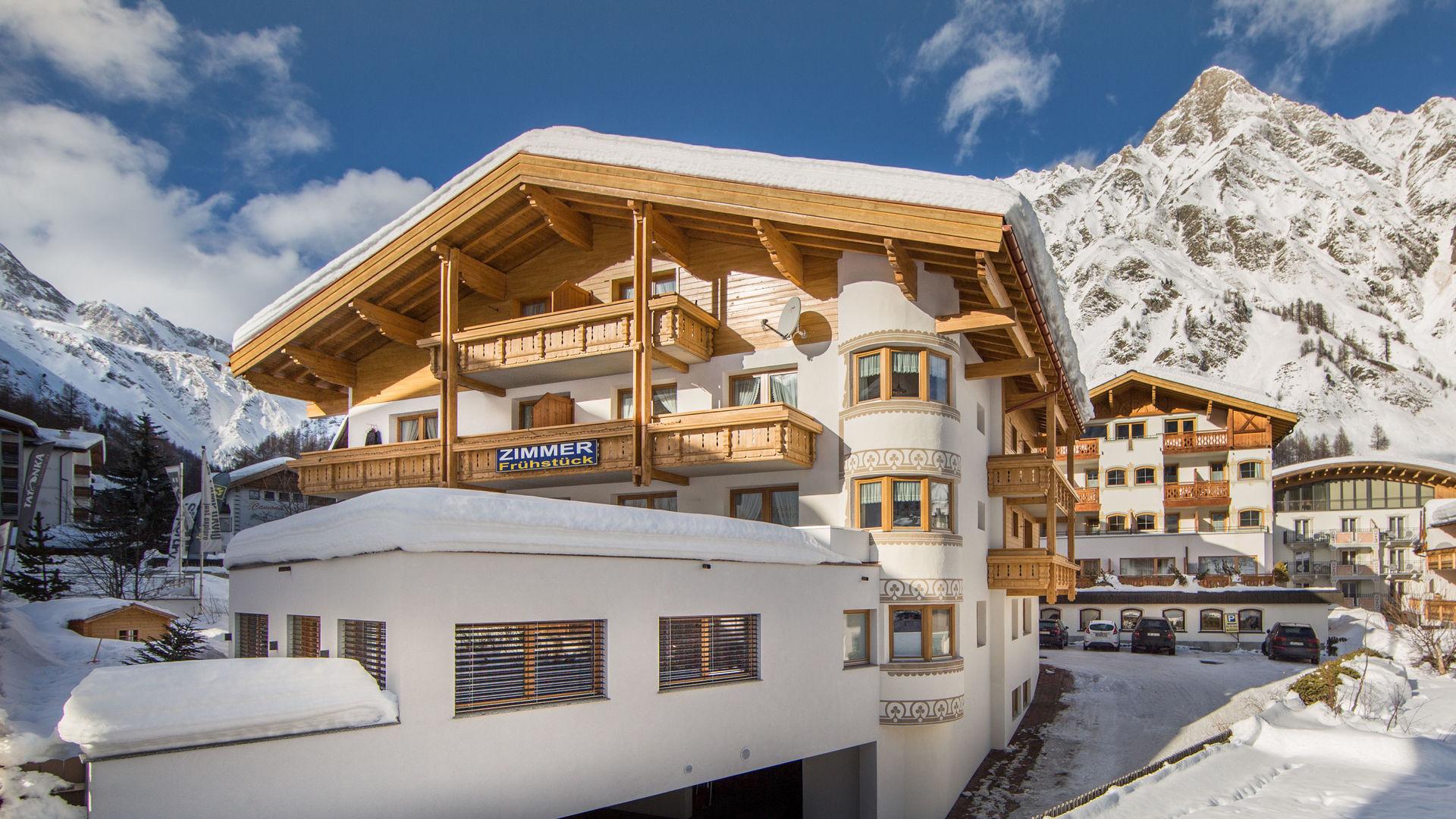 Aussenaufname Winter Appartement Panorama Samnaun